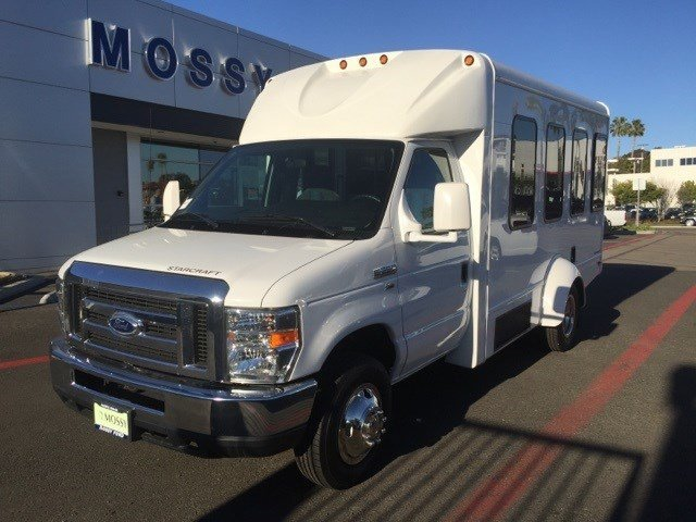 2015 Ford Econoline Commercial Cutaway OXFORD WHITE