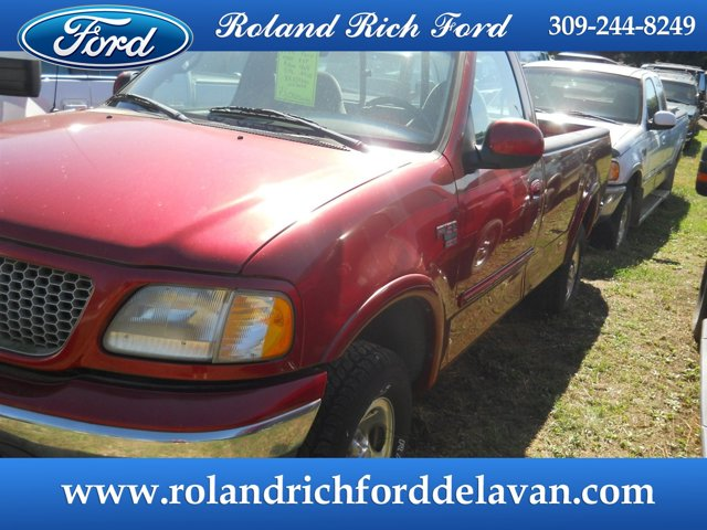 "1999 Ford F-150 Reg Cab 120"" 4WD XLT BRIGHT RED"
