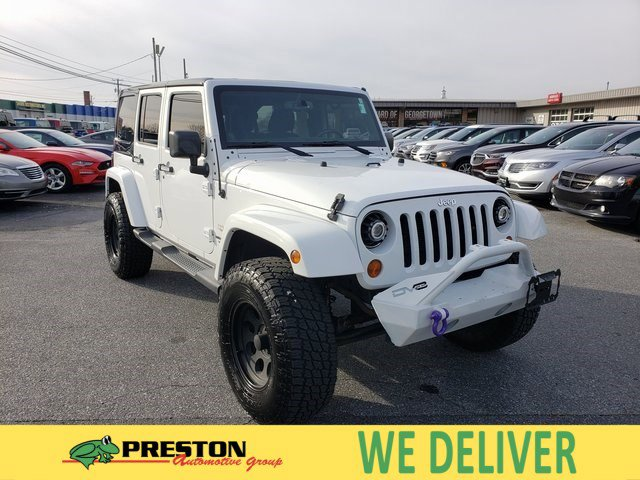 2013 Jeep Wrangler Unlimited 4WD 4dr Sahara BRIGHT WHITE
