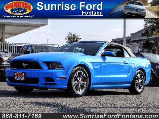 2014 Ford Mustang 2dr Conv V6