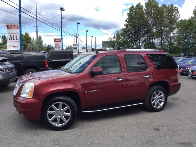 2008 GMC Yukon Denali AWD 4dr RED JEWEL TINTCOAT