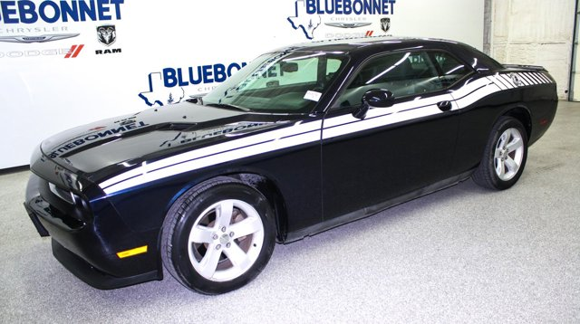 2012 Dodge Challenger 2dr Cpe SXT BLACKBERRY PEARL