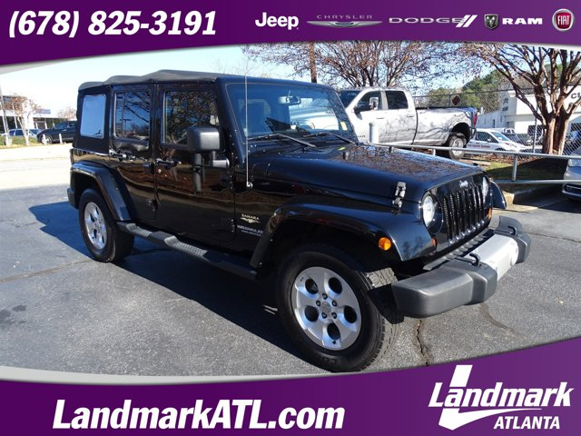 2013 Jeep Wrangler Unlimited 4WD 4dr Sahara BLACK