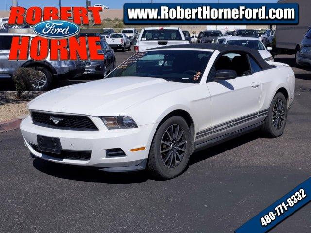 2011 Ford Mustang 2dr Conv V6 PERFORMANCE WHITE