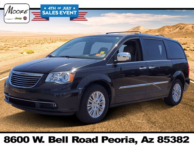 2013 Chrysler Town & Country 4dr Wgn Limited BRILLIANT BLACK