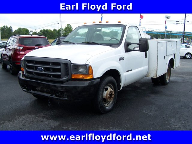 2000 Ford Super Duty F-350 DRW WHITE Tires - Front All-Season