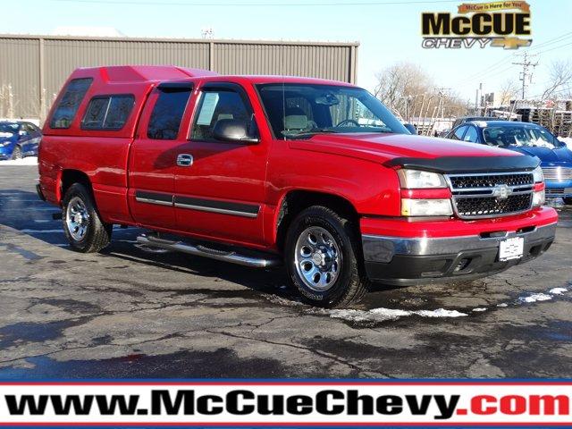 "2007 Chevrolet Silverado 1500 Classic 2WD Ext Cab 143.5"" LT1"