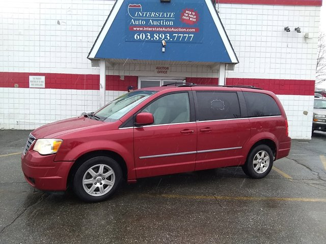 2009 Chrysler Town & Country 4dr Wgn Touring MAROON