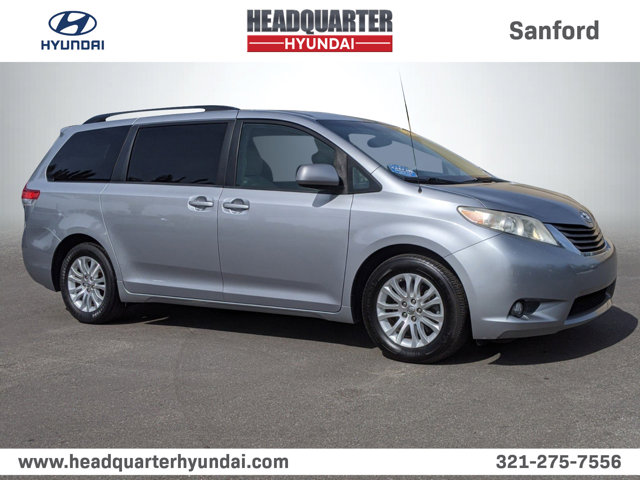 2011 Toyota Sienna SILVER SKY METALLIC AM/FM CD w/6 Speakers