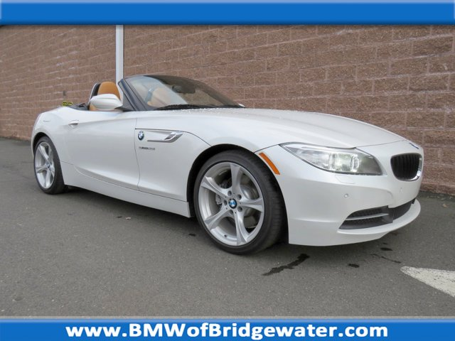 2014 BMW Z4 2dr Roadster 28i ALPINE WHITE Bluetooth Connection