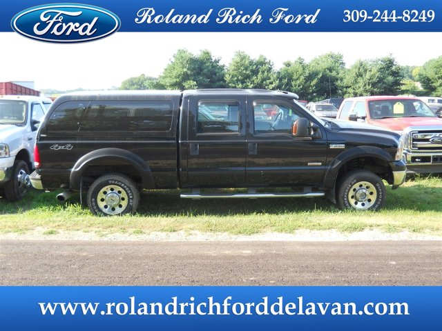 "2005 Ford Super Duty F-250 Crew Cab 156"" XLT 4WD BLACK"
