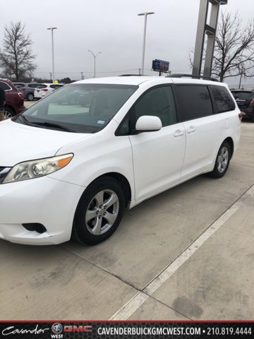 2011 Toyota Sienna WHITE Child Safety Locks CD Player
