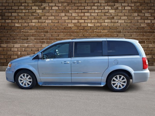 2013 Chrysler Town & Country 4dr Wgn Touring Crystal Blue Pearl