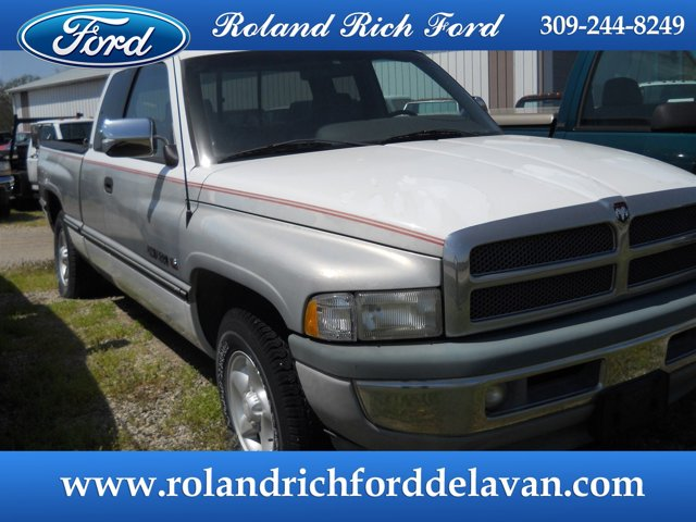 "1997 Dodge Ram 1500 Club Cab 139"" WB BRIGHT WHITE"