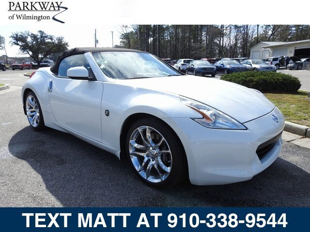 2010 Nissan 370Z 2dr Roadster Manual Touring PEARL WHITE