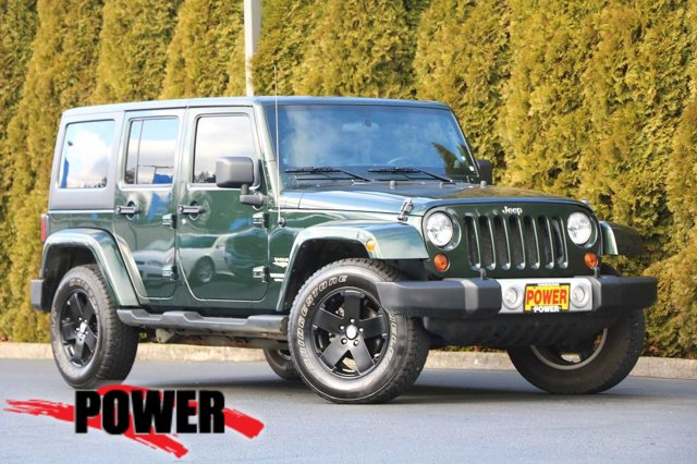 2011 Jeep Wrangler Unlimited 4WD 4dr Sahara Natural Green Pearl