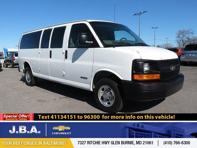 "2004 Chevrolet Express Cargo Van 2500 155"" WB RWD SUMMIT WHITE"