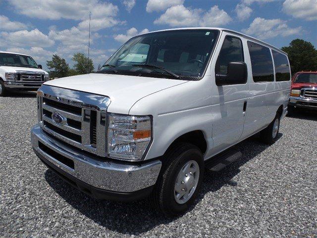 2014 Ford Econoline Wagon OXFORD WHITE Intermittent Wipers