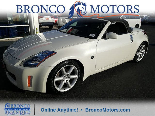 2005 Nissan 350Z 2dr Roadster Grand Touring Manual WHITE