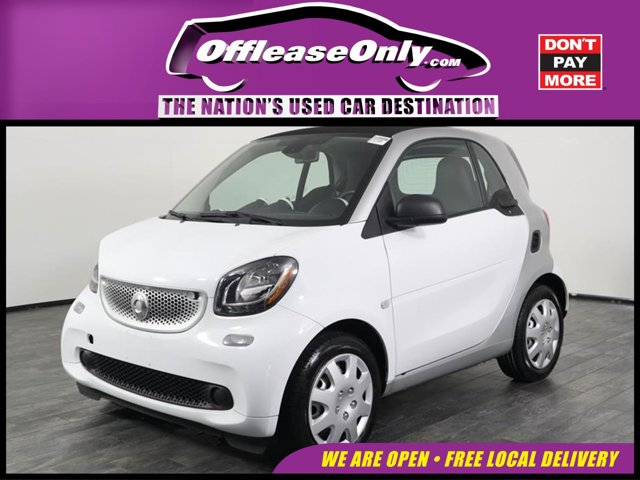 2017 Smart fortwo pure coupe WHITE Auxiliary Audio Input