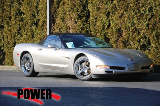 2000 Chevrolet Corvette 2dr Convertible LIGHT PEWTER METALLIC