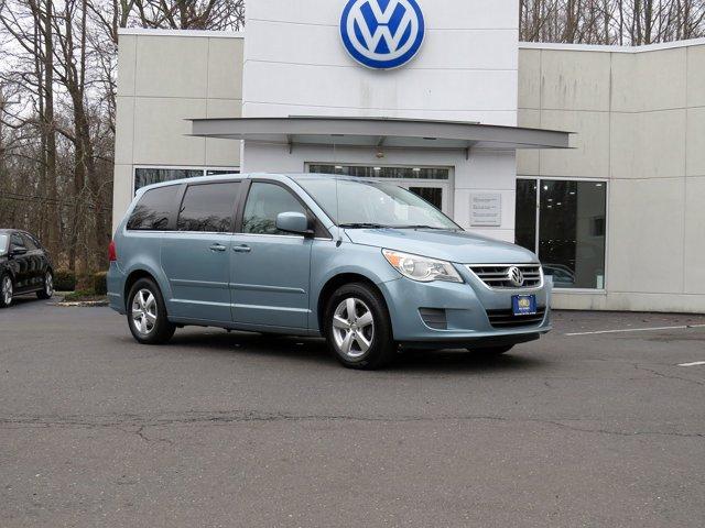 2010 Volkswagen Routan 4dr Wgn SE Brake Assist
