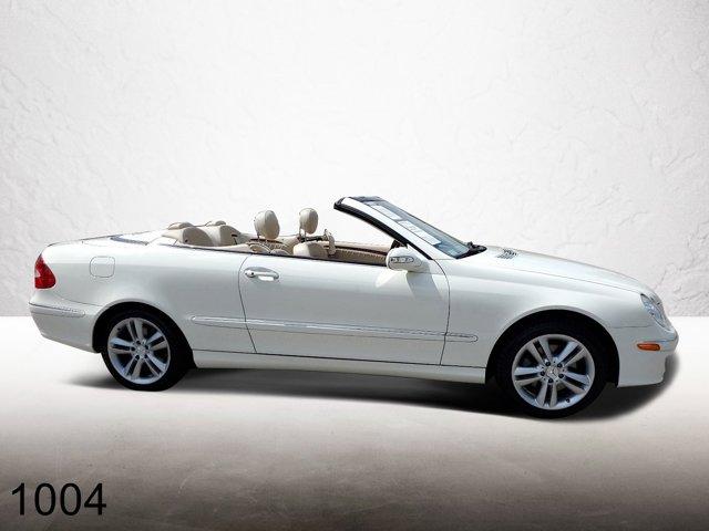 2007 Mercedes-Benz CLK-Class 2dr Cabriolet 3.5L WHITE