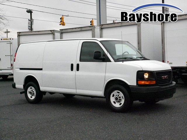"2013 GMC Savana Cargo Van RWD 2500 135"" SUMMIT WHITE"