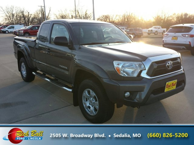 2013 Toyota Tacoma Conventional Spare Tire Cloth Seats CD Playe