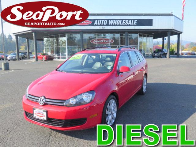2014 Volkswagen Jetta SportWagen 4dr DSG TDI RED