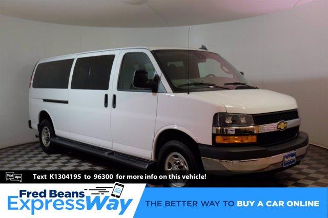 2019 Chevrolet Express Passenger RWD 3500 155 LT SUMMIT WHITE