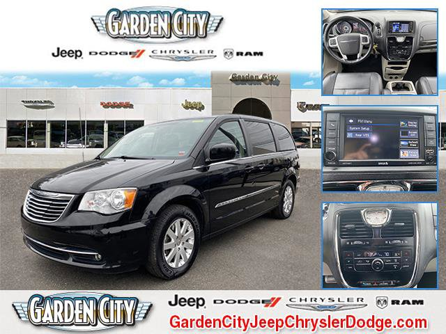 2014 Chrysler Town & Country 4dr Wgn Touring BRILLIANT BLACK