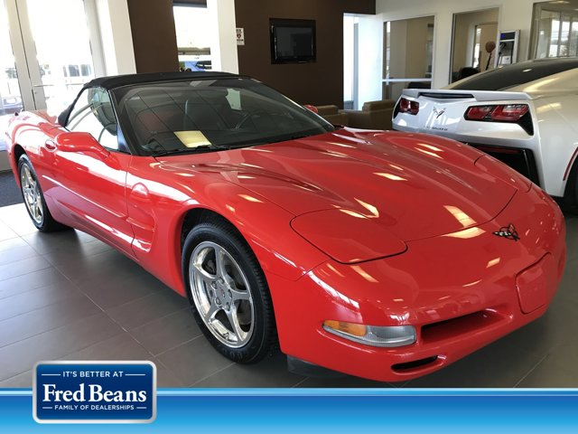 2001 Chevrolet Corvette 2dr Convertible TORCH RED