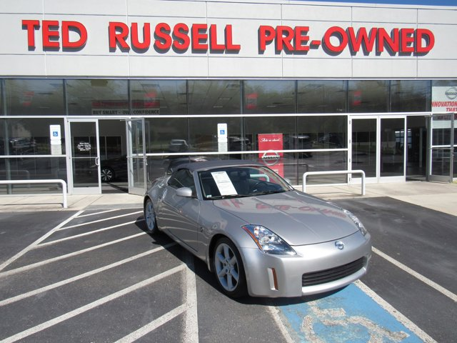 2004 Nissan 350Z 2dr Roadster Touring Auto CD Player CD Changer