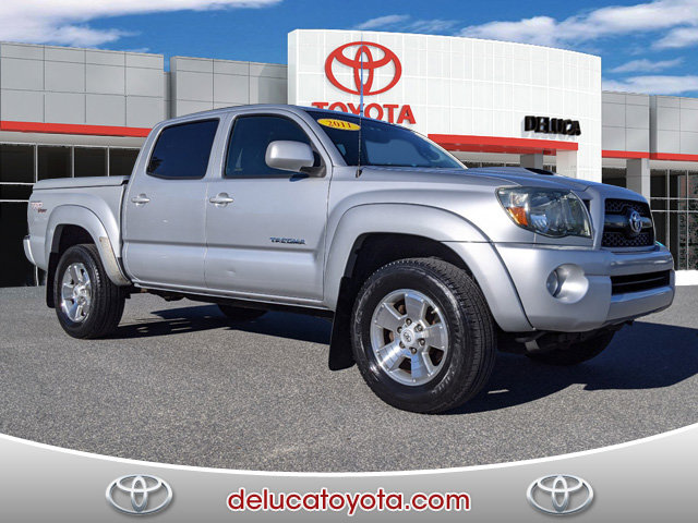 2011 Toyota Tacoma 4WD Double V6 AT SILVER