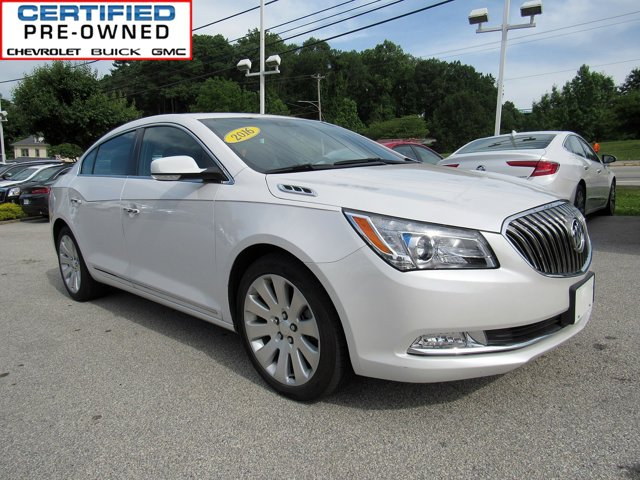 2016 Buick LaCrosse Leather 4dr Sdn AWD White Frost Tricoat