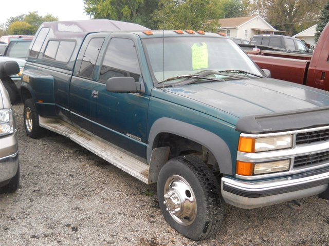 "1998 Chevrolet C/K 3500 Ext Cab 155.5"" WB 4WD DRW EMERALD GREEN"