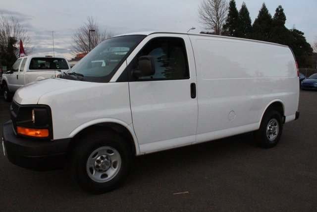 "2012 Chevrolet Express Cargo Van RWD 3500 135"" SUMMIT WHITE"