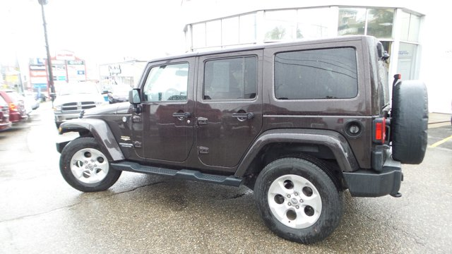 2013 Jeep Wrangler Unlimited 4WD 4dr Sahara RUGGED BROWN PEARL