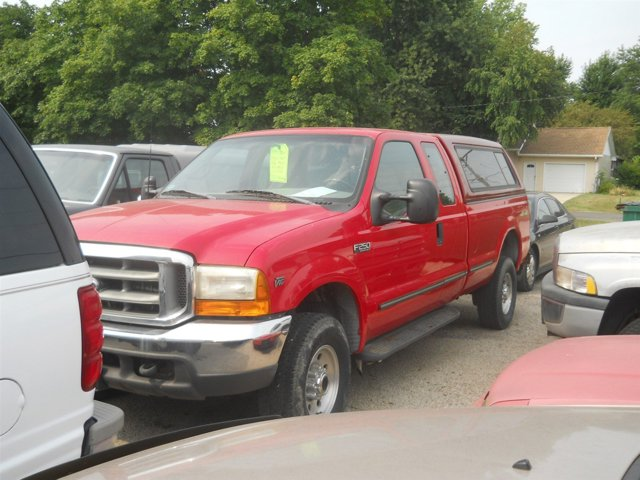 "1999 Ford Super Duty F-250 Supercab 142"" XLT 4WD RED"