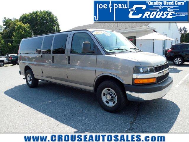 "2011 Chevrolet Express Passenger RWD 3500 155"" 1LT GRAYSTONE"