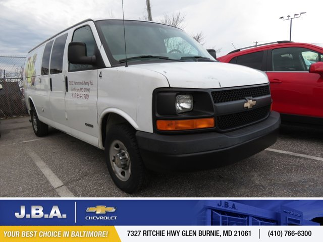 "2004 Chevrolet Express Cargo Van 2500 155"" WB RWD SUMMIT WHITE"