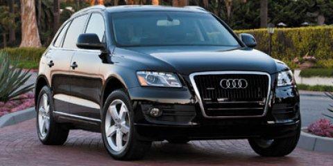 2012 Audi Q5 quattro 4dr 2.0T Premium Plus SILVER