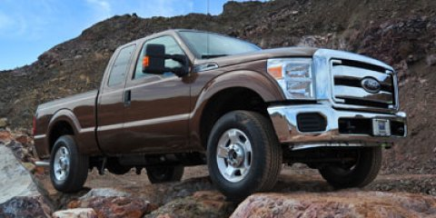 "2011 Ford Super Duty F-250 4WD SuperCab 142"" XLT WHITE"