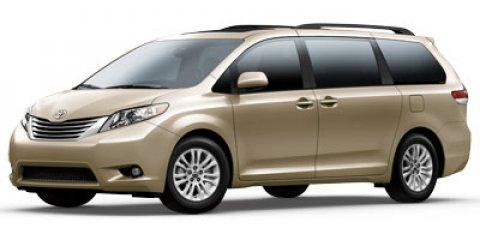 2012 Toyota Sienna 5dr 8-Pass Van V6 XLE FWD SILVER