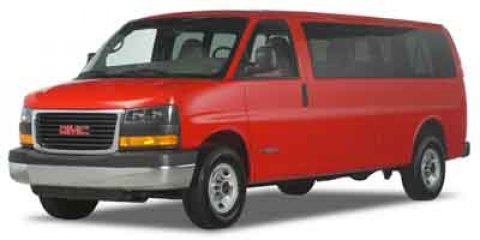"2004 GMC Savana Passenger 3500 155"" WB RWD SUMMIT WHITE"