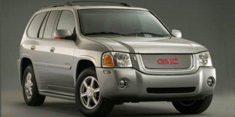 2006 GMC Envoy 4dr 4WD Denali SUMMIT WHITE