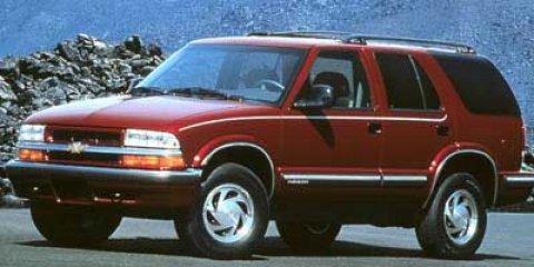 1998 Chevrolet Blazer 4dr 4WD SUMMIT WHITE AM/FM Stereo