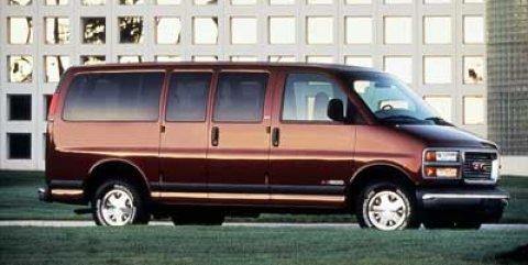 "1999 GMC Savana Passenger G2500 135"" WB SUMMIT WHITE"