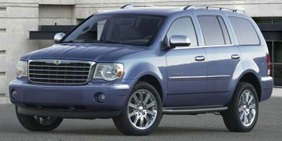 2008 Chrysler Aspen Limited Cool Vanilla